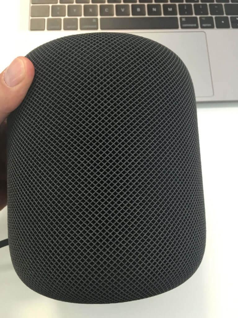 Apple HomePod mit Stoffbezug Farbe Space Grau