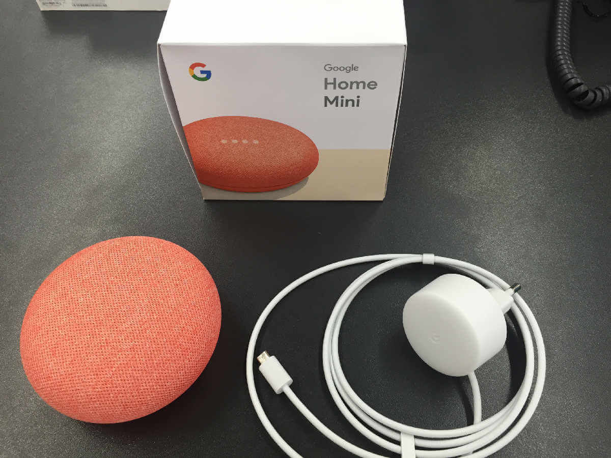 Google Home Mini Lieferumfang Farbe Korall