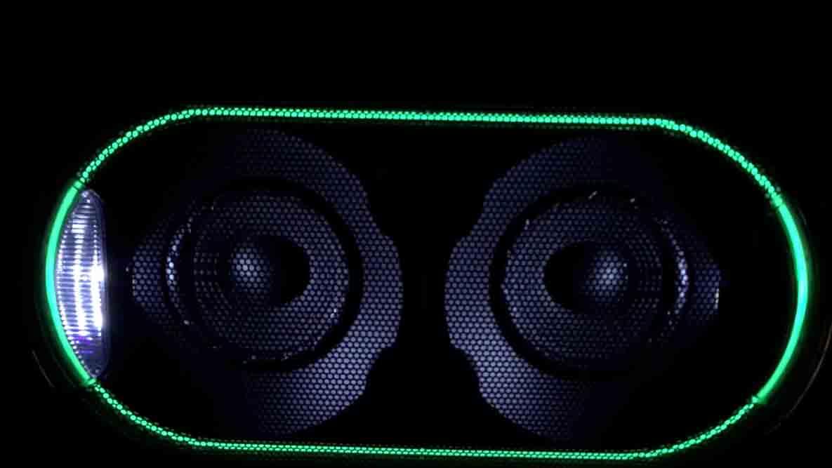 Sony-GTK-XB60-LED-Licht-Show