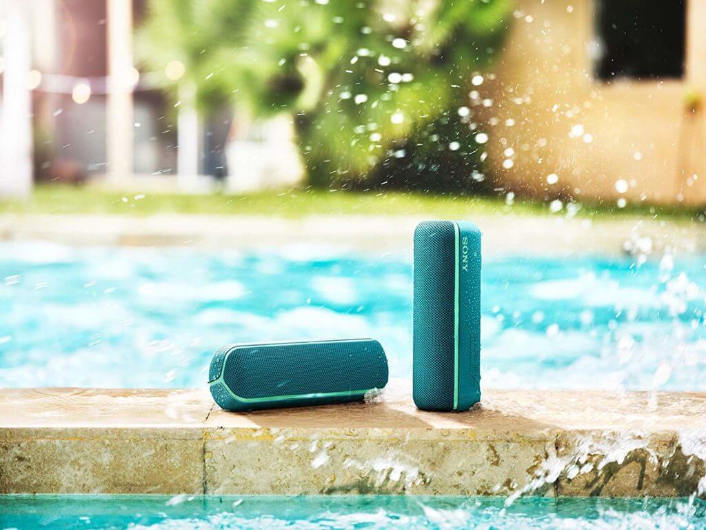 Sony SRS-XB22 in Grün mit NFC Bluetooth und Farbige Lichtleiste