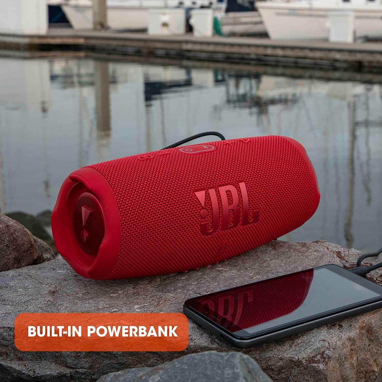 JBL Charge 5 mit integrierter Powerbank